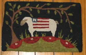Primitive Hooked Rug Pattern On Linen The American Sheep