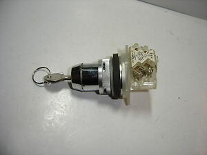 Square D 9001 Series Cylinder Lock 2 Pos Maintained Switch Cam E Nc no Contact