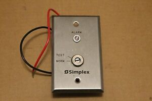 Two Simplex 0621151 20989806 Indicator Key Test Stataions With One Key