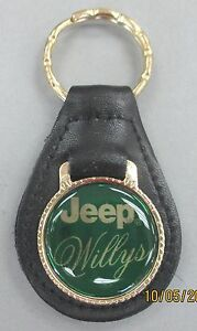 Vintage Green Jeep Willys Gold Tone Key Ring 4302 Black Leather