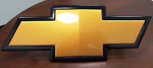 22829420 Gold Bowtie Grille Emblem For 2011 2014 2500 3500 Hd Silverado By Gm
