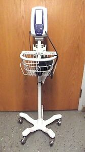 Welch Allyn Spot Vital Sign With Blood Pressure Cuff And Cart Works Good s2582