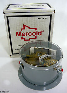 Mercoid Dwyer Dpa 7033 153 64 Differential Pressure Switch