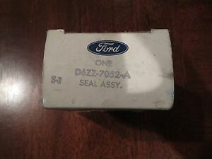 Nos 1976 1978 Ford Mustang Ii Srod 4 Speed Transmission Output Shaft Oil Seal