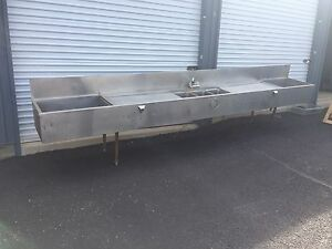 Hd Commercial Ss Under Counter 3 Compartment Bar Sink W built In Ice Wells