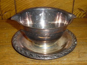 Tarnished Wm Rogers Silverplate Gravy Boat Spring Flower 2013 Worn Scratched