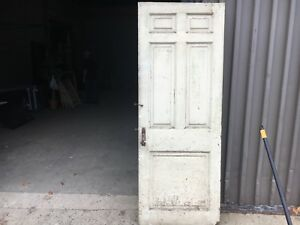 C1830 Raised Panel Door Old Crusty Paint 77 5 X 29 Five Panel Old Hardware A