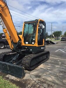 Used Hyundai Mini Excavator R80 With Thumb Year 2017 Very Low Hours