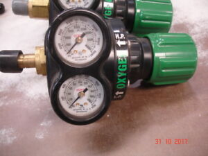 Used Victor Professional Oxygen Regulator Ess3 125 540 Standard Nipple Version