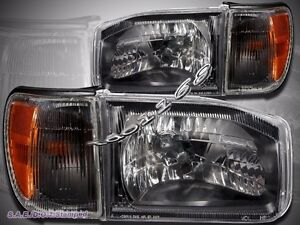 For Nissan Pathfinder 99 04 Black Housing Clear Cover Lens With Corner Lights
