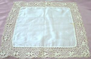 Heavenly Vintage Antique Silk Wedding Hanky With Bobbin Lace Tt313