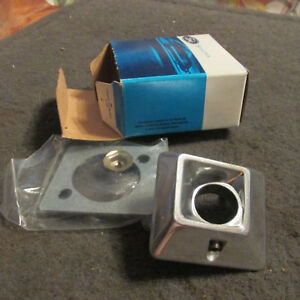 Nos 1979 1983 Ford Ltd Crown Victoria Country Squire Lh Mirror Bezel Assembly