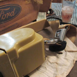 Nos 1976 1977 Ford Granada Mercury Monarch Rh Front Seat Belt Assembly New Nos