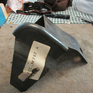 Nos 1977 1978 Ford Ltd Ii Thunderbird Passenger Side Rear Bumper Bracket Asby