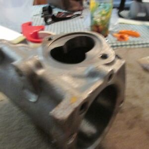 Nos 1978 Ford Thunderbird Ltd Ii Ranchero Galaxie Steering Gear Box Housing New
