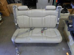 00 06 Chevy Suburban Gmc Yukon Tahoe Rear Seat 3rd Row Bench Tan