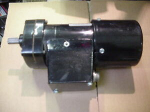 Bison 32rpm 115vac 1 20hp Parallel Shaft Gear Motor Dayton 6z082 Reversible