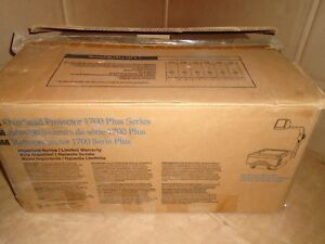 New 3m 1720 Overhead Projector