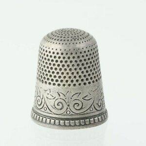 Stern Brothers Thimble Orante Antique Sewing Size 9 Sterling Silver Keepsake