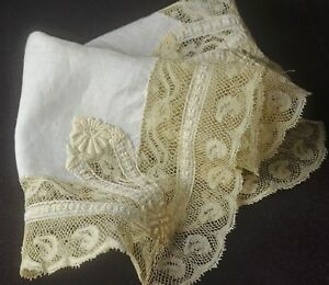 Regal Antique Linen Lace Wedding Hanky Tt525