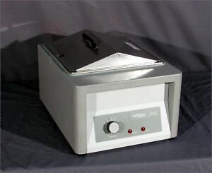 Good Vwr Model 1203 14 liter Heated Water Bath