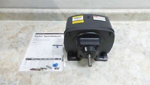 Dayton 4z859 0 75 Max Input Hp 56 Output Rpm Indirect Drive Speed Reducer