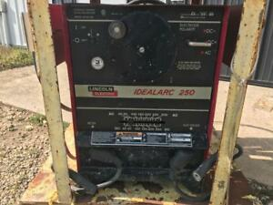 Lincoln Electric Idealarc 250 Stick Welder