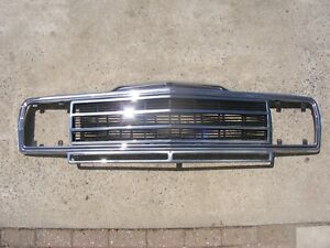 Jeep Grand Wagoneer Front Grill With Insert 86 91