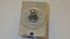 Cutler Hammer 1605910 1666338 Toggle Switch 4 position Nnb