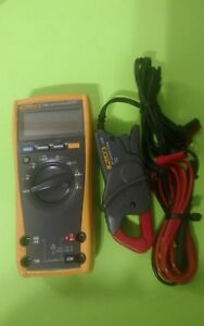Fluke 197 True Rms Digital Multimeter Used Fluke I200 Ac Current Clamp Used