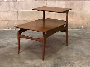 Mid Century Modern 2 Tier End Table Nightstand
