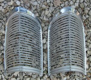 1963 1964 Buick Riviera Parking Signal Light Grill Pair 2 Grilles Chrome Orig