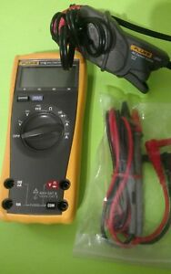 Fluke 77 3 True Rms Multimeter Fluke I200 Amperage Clamp Used