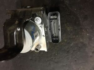 Abs Brake Pump Module 2017 Chrysler Pacifica Like New