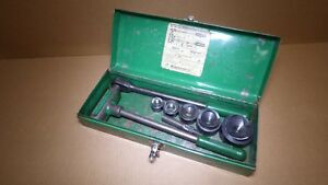 Greenlee 1806 Ratcheting Knockout Punch Kit 1 2 Thru 2 Steel Case