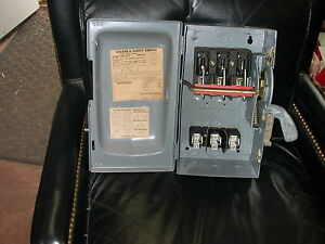 Square D H361 Enclosed Heavy Duty Disconnect Switch Series A2