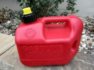 New Blitz 1 Gallon 4oz Gas Fuel Can With Vented Fixed Spout 50805 Nos Usa