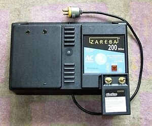 Zareba Low Impedance Electric Fence Controller Charger 200 miles Storm Guard