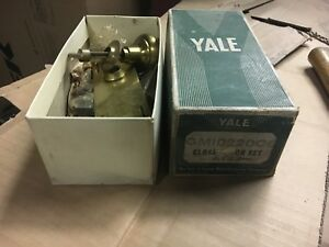 Never Used New Old Stock Yale Hardware Closet Door Knob Set 5 5 L Pretty Brass