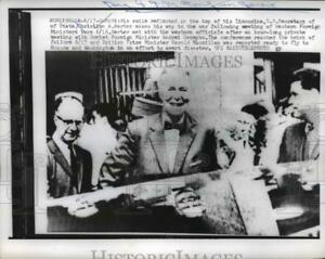 1959 Press Photo Geneve Us Secy of State Christian Herter makes his way to car.