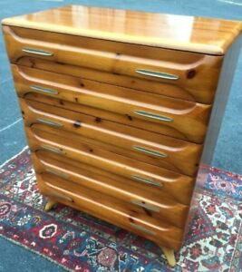 Franklin Shockey Sculptured Pine Atomic 50s Bedroom Set