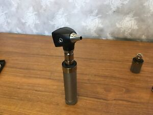 Welch Allyn 3 5v Diagnostic 25020 Otoscope Handle Medical Works