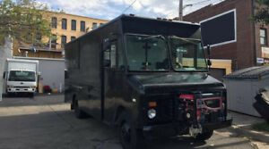 1986 Chevy P30 Fully Equipped Turn Key Concession Food Truck