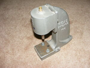 Mead Chicago Pneumatic H42 6 Press With 106 Base Bench Mount Nice