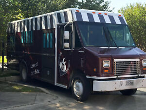2007 Freightliner Mt3 18ft Diesel Concession Food Truck Ready To Roll Texas