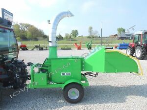 Drum Style Wood Chipper Palm Fronds timber w hydfeed tractor Pto Peruzzo Tb300