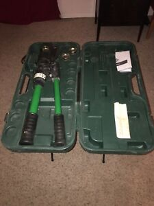 Greenlee Hkl1232 12 ton Manual Hydraulic Crimping Tool includes 3 Sets Of Dies