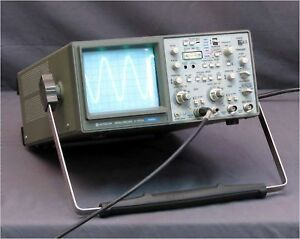 Hitachi V 665 60mhz 2 channel Oscilloscope