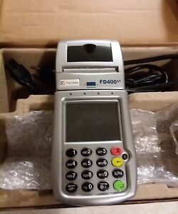First Data Fd 400gt Wireless Credit Card Terminal Including Power Cord