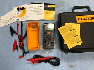 Fluke 1577 Insulation Multimeter W Case Manuals And Leads